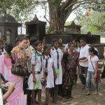 Sri Lanka: Lo + y Lo –