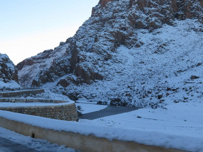 Nieve en la Carretera del Ziz