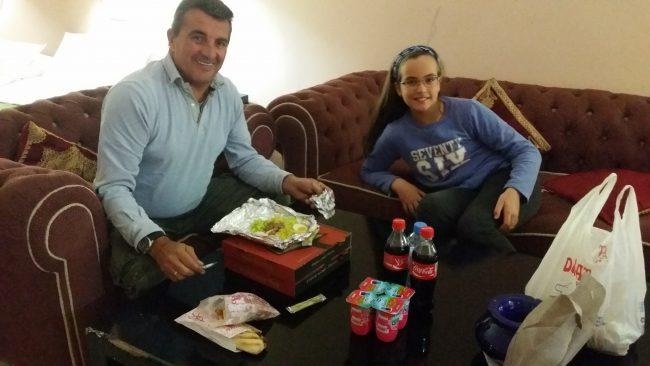 Yayo y Macarena cenando en Nochebuena