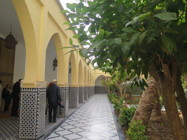 Turistas en Alí Cherif