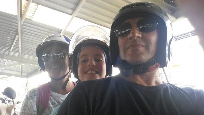 Cantidad de pasajeros en las motos de Tailandia