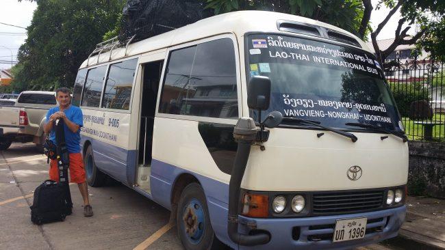 Transporte por carretera Laos