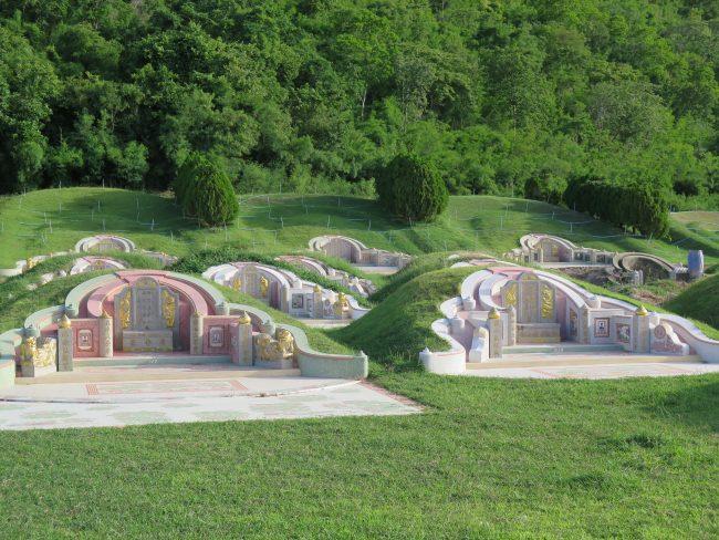 Cementerio Chino de Kanchanaburi