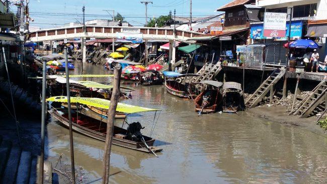 Horario mercado flotante de Amphawa