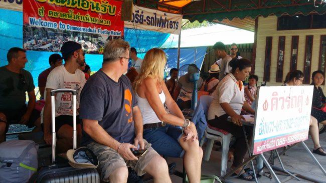 Cómo ir de Amphawa a Bangkok