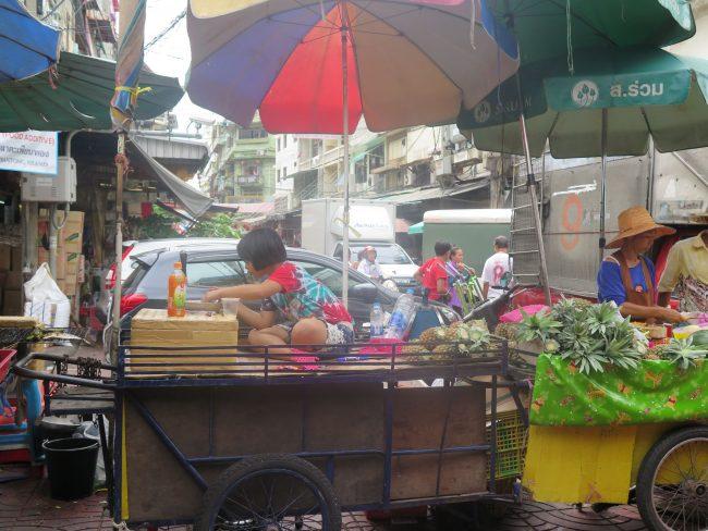 Típicas imágenes del Barrio Chino de Bangkok