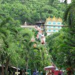 Kanchanaburi: Wat Ban Tham, Wang Cemetery Park, Wat Tham Kao Noi y Wat Tham Sua