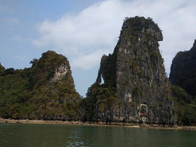 Principales actividades en la Bahía de Halong