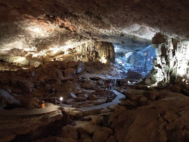 Principales cuevas de Halong Bay