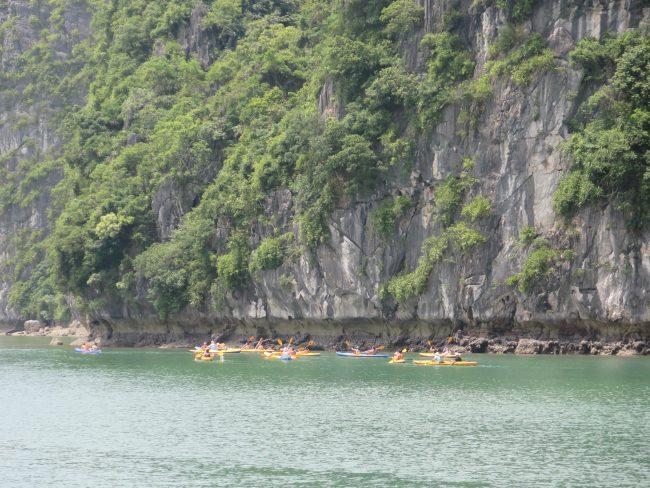 Qué hacer en un crucero por la Bahía de Halong