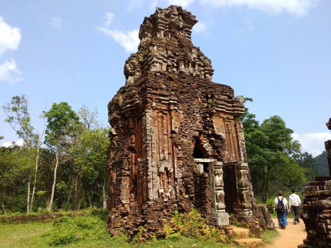 Conjunto religioso hindú en Vietnam