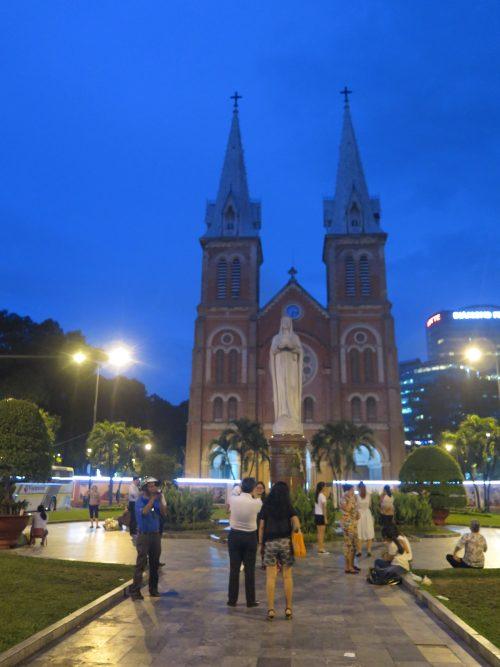 Visitas Imprescindibles en Saigón