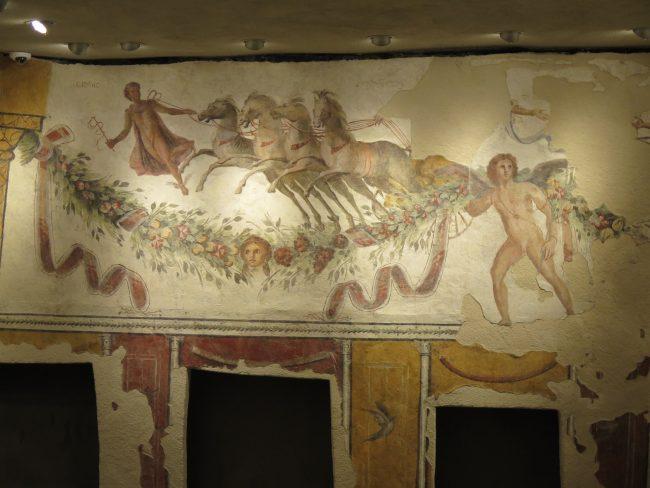 Frescos en el Museo Nacional de Beirut