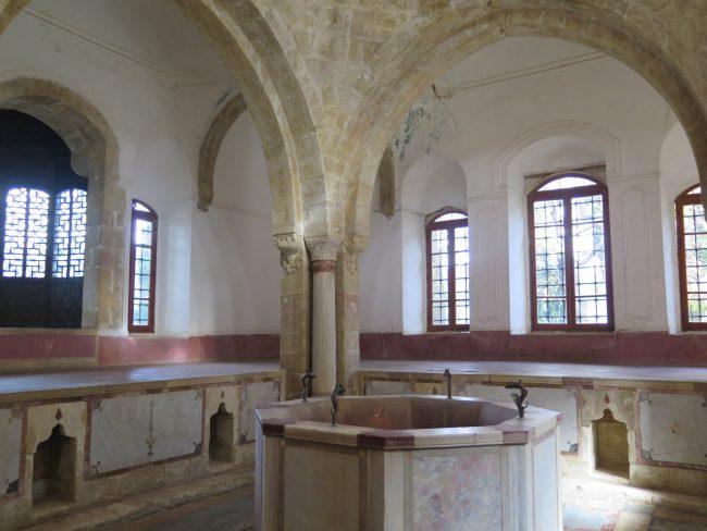 El baño turco de un palacio libanés
