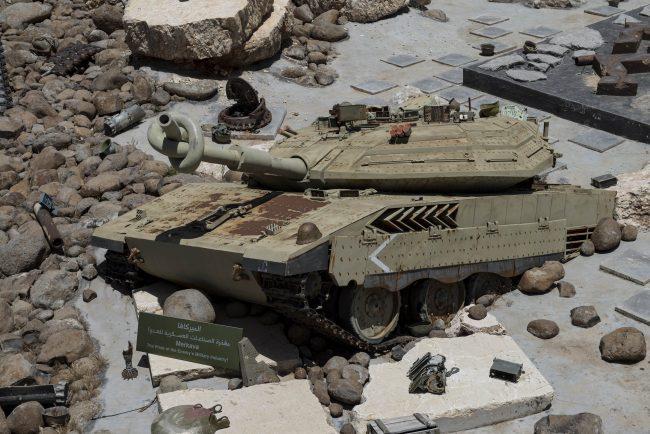 Los tanques que Israel dejó en Líbano