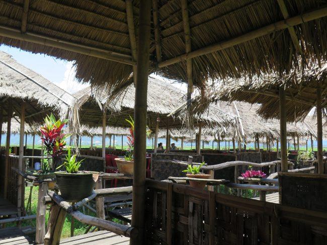 Restaurantes flotantes del Lago Inle
