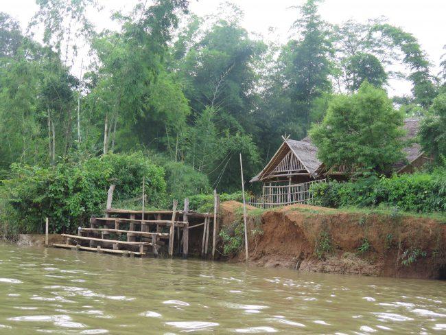 Excursión a la aldea Indein