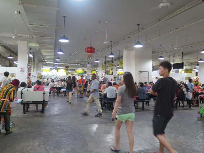 Food Court en el Mercado de Imbi