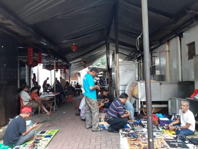 Mercado de antigüedades y segunda mano Kuala Lumpur
