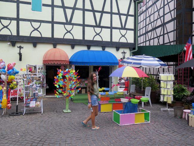 Tiendas en Colmar Tropicale