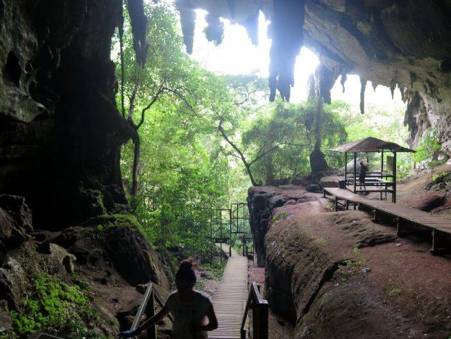 Yacimientos arqueológicos en la Región de Sarawak