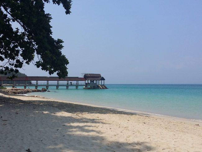La fina arena y las aguas transparentes de Pulau Kapas