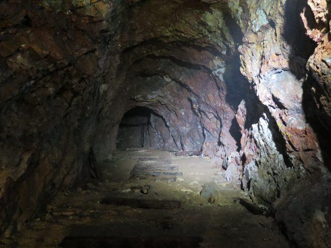 Galerías subterráneas de las minas de estaño de Malasia