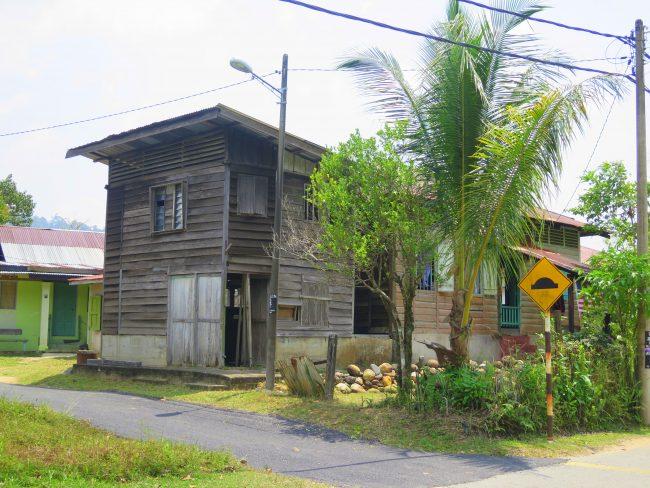 Casas de madera en Sungai Lembing