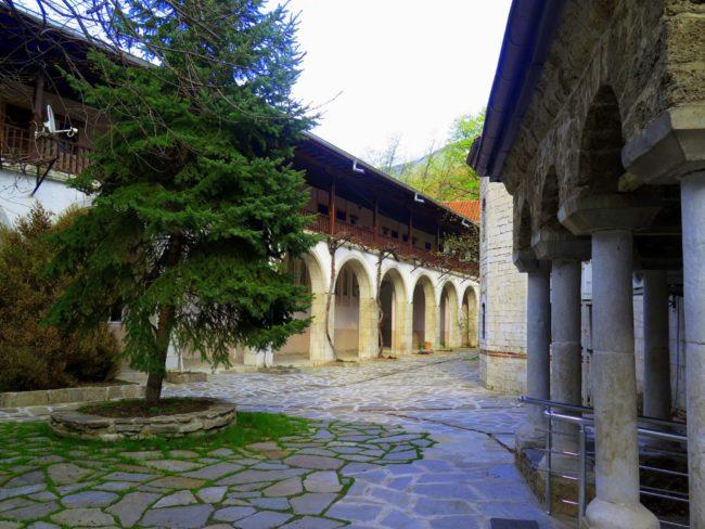 Patios en el Monasterio de Bachkovo