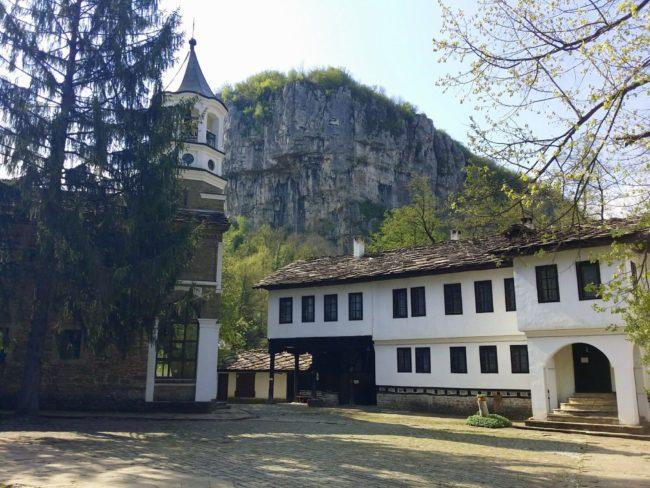 Iglesia del Arcángel San Miguel en el Monasterio de Dryanovo