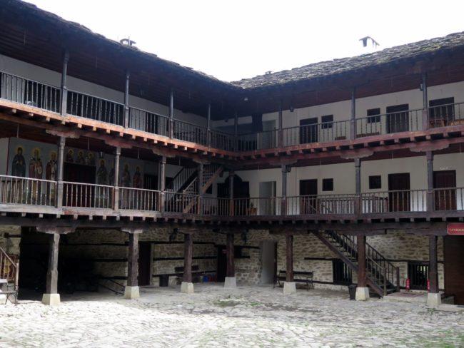 Dormir en los Monasterios de Bulgaria