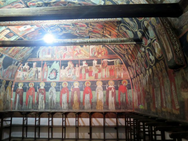 Visita a la Iglesia de la Natividad en Arbanasi