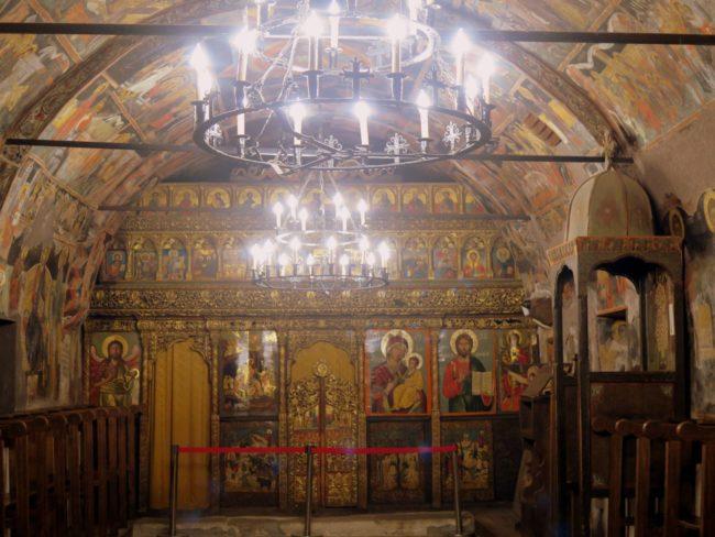 Iconostasio en la Iglesia de la Natividad de Arbanasi