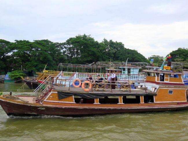 Barcos Turísticos Myanmar