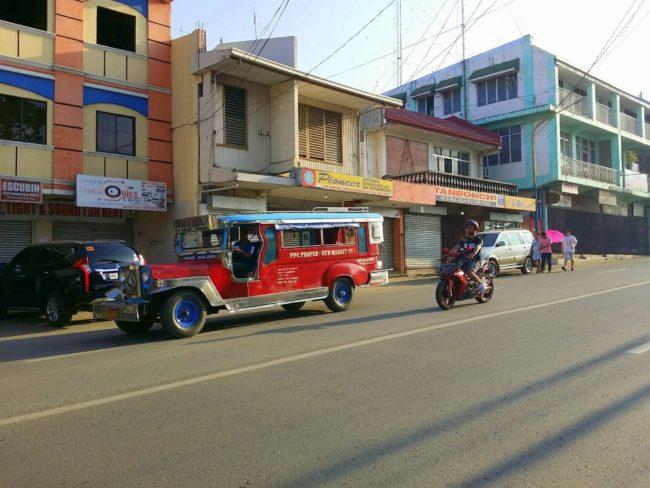 Típico Jeepney filipino