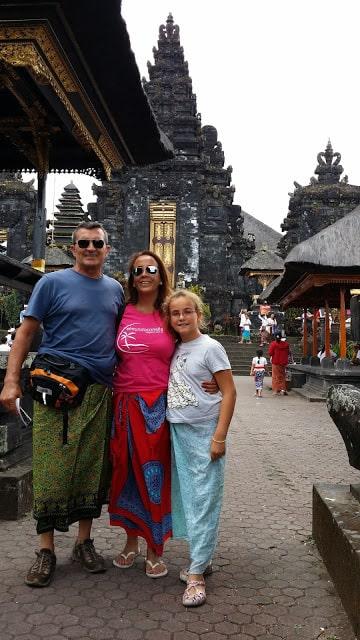 El Mundo con Ella en Bali