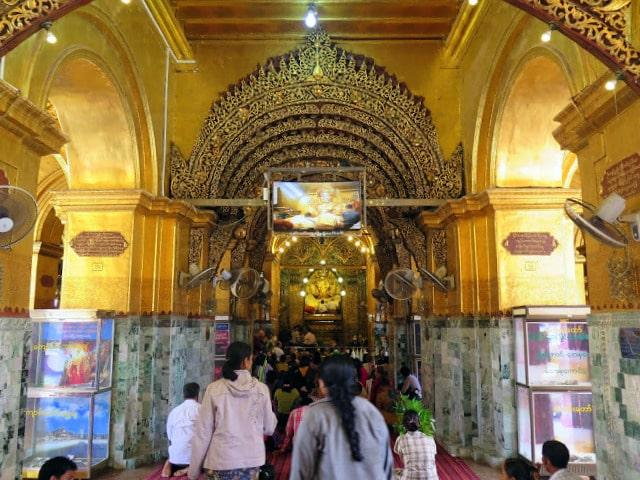Visitar la Pagoda Mahamuni