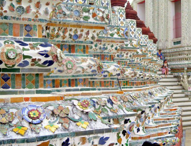 Templo estilo khemer de Bangkok