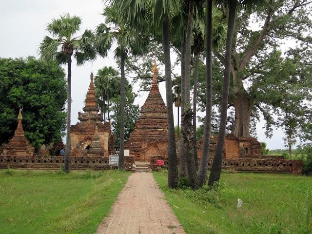 Pagodas en las Ciudades Antiguas de Mandalay