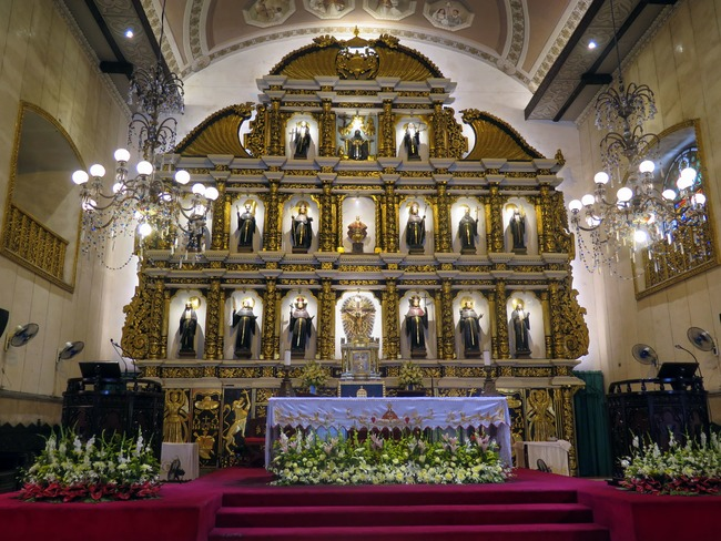 Retablo barroco en la Basílica de El Santo Niño