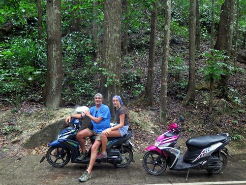Alquiler de moto en Bohol
