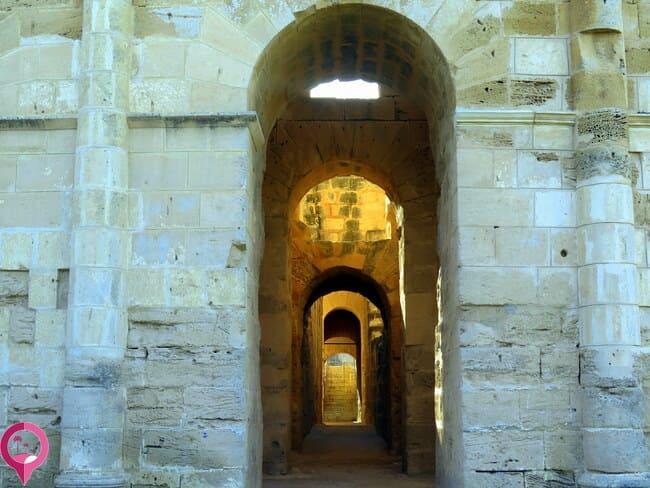 Corredores interiores anfiteatro de El Djem