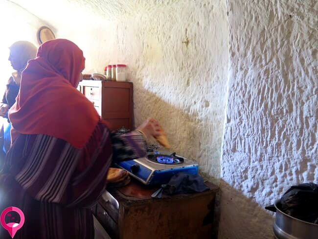 Familia tunecina en los montes de Matmata