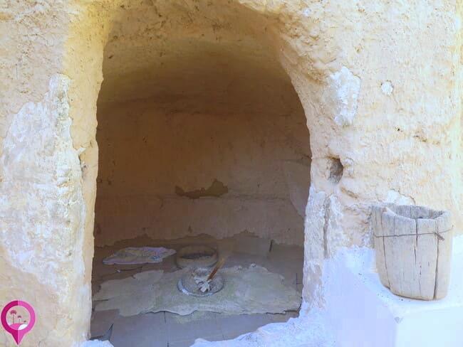 Habitaciones excavadas en la piedra caliza de Matmata