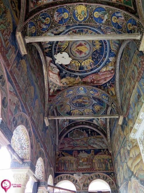 Las peculiaridades de los frescos en el Monasterio de Horezu