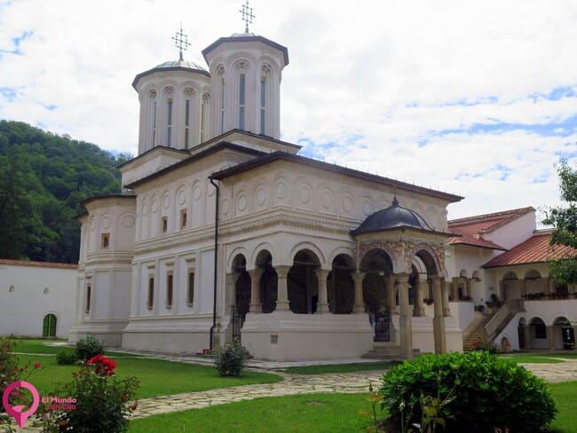 El Monasterio más grande de Rumanía