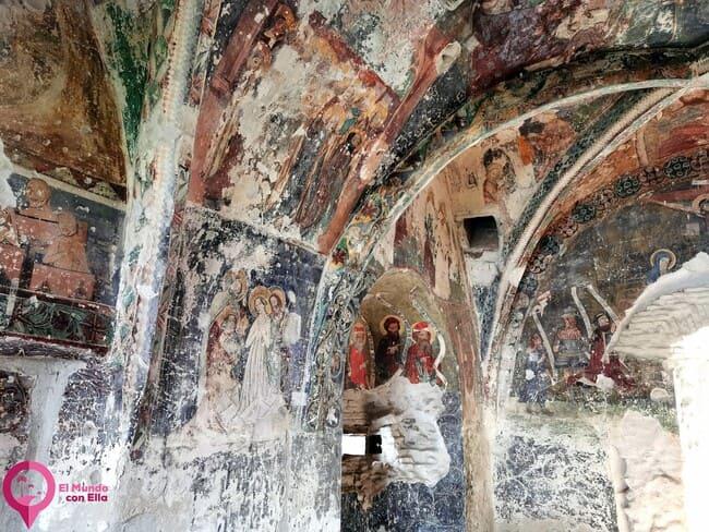 Frescos del siglo XV en Rumanía