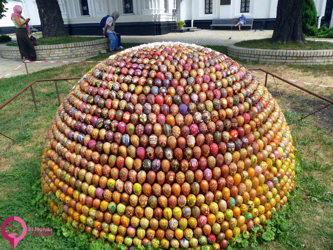La Tradición de los Huevos Pintados