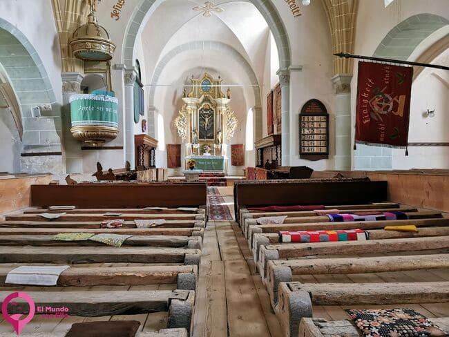 La Iglesia fortificada más cercana a Brasov