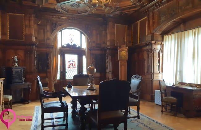 Decoración interior del Castillo de Peles